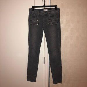 Cute gray jeans!